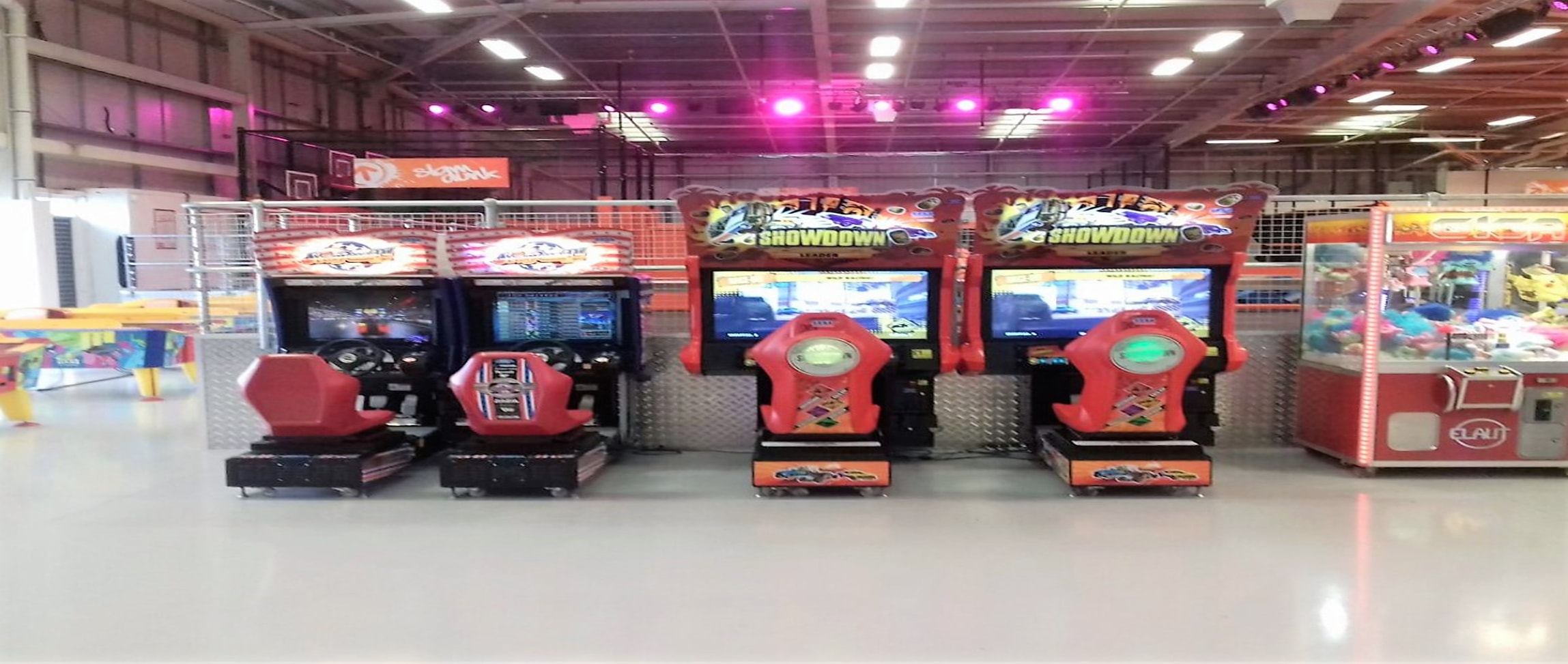 car racing amusement machines